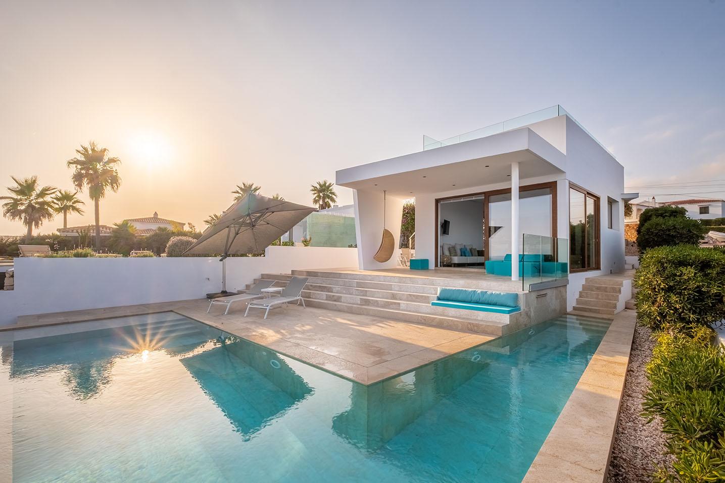 Villa de luxe à Minorque avec vue sur la mer