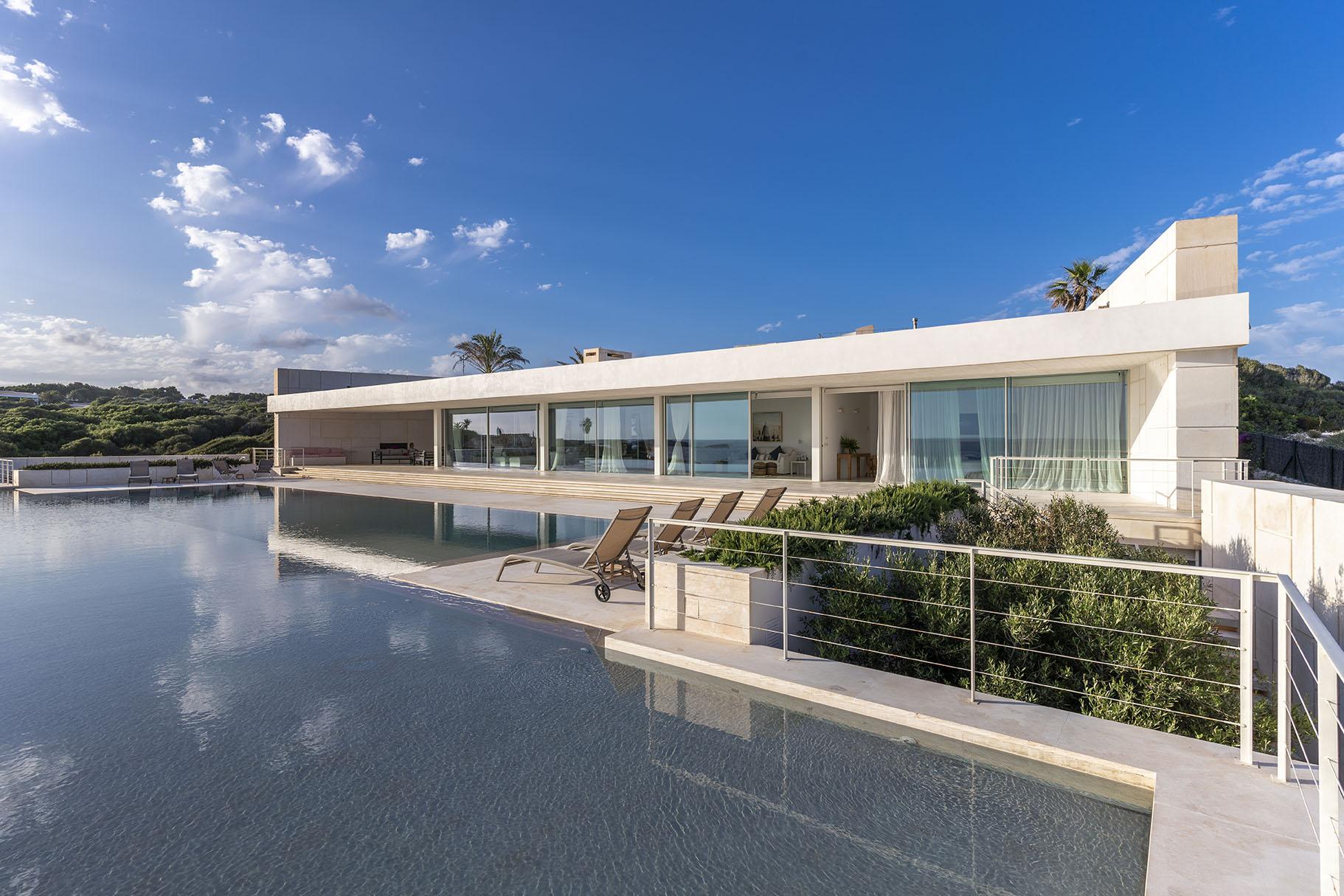 Villa impressionnante à louer avec piscine de 40 mètres à Minorque